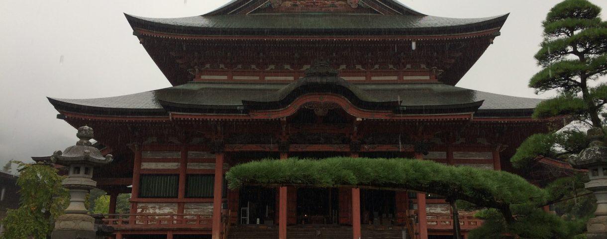 山梨放浪記其の一: 社寺巡り、そして旧友との再会。