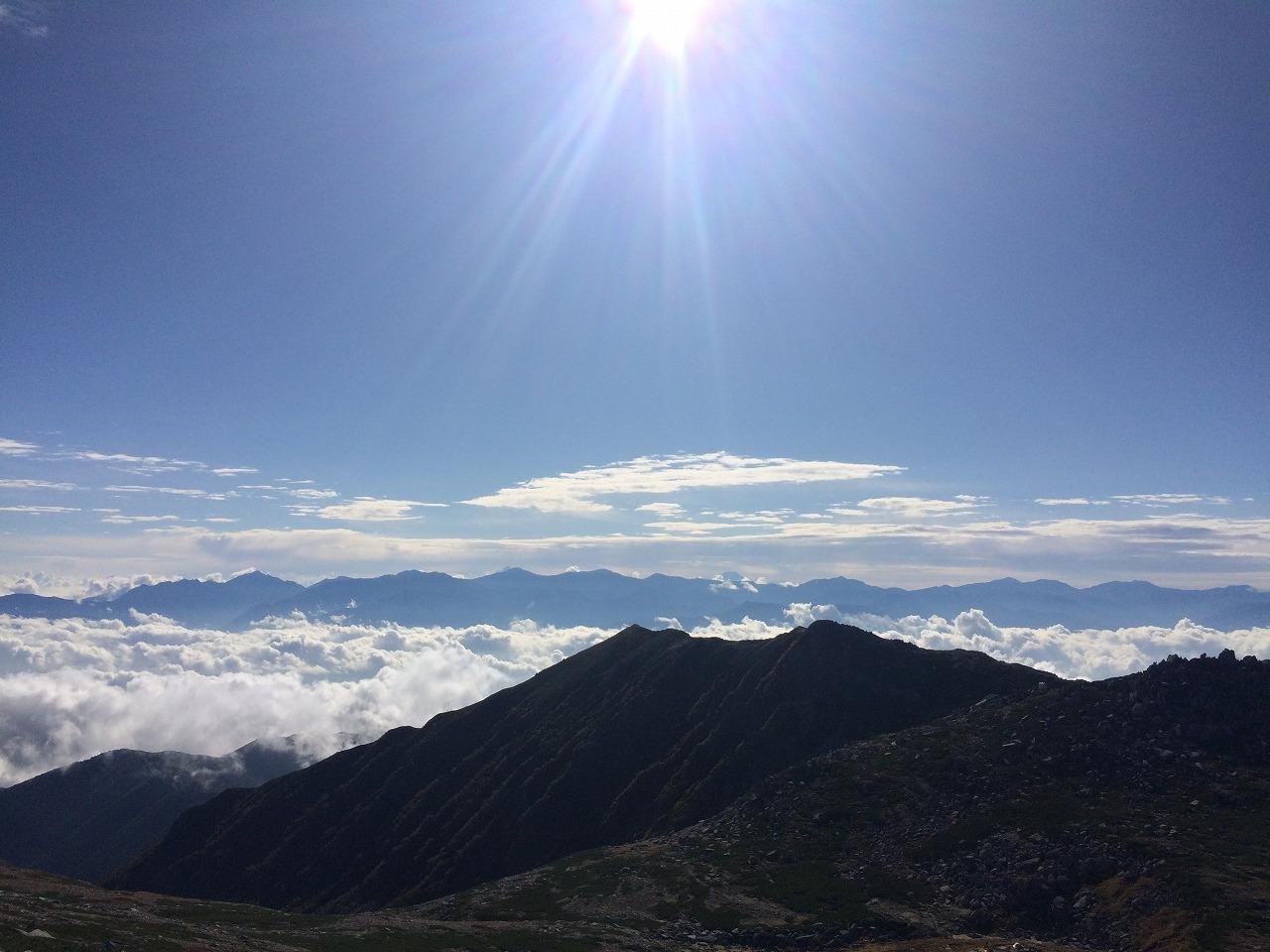 南アルプスの稜線
