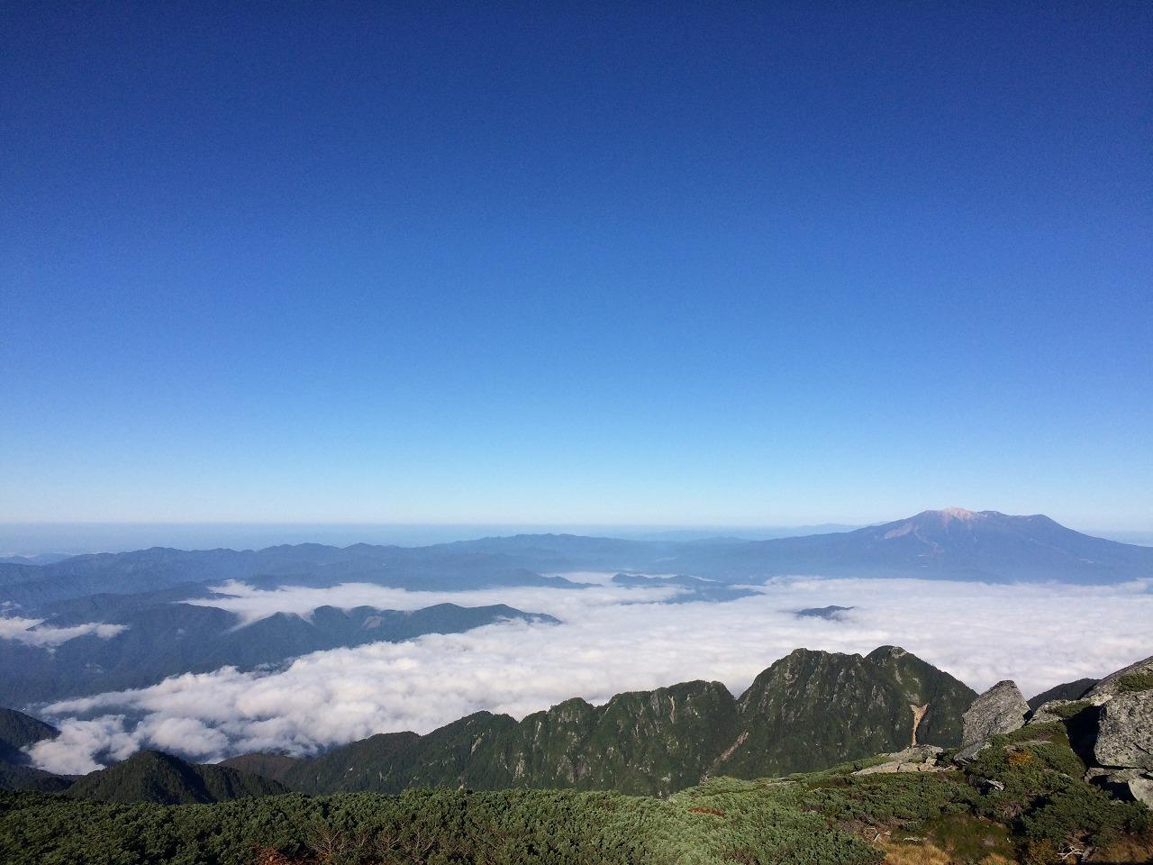 雲海、御嶽山。