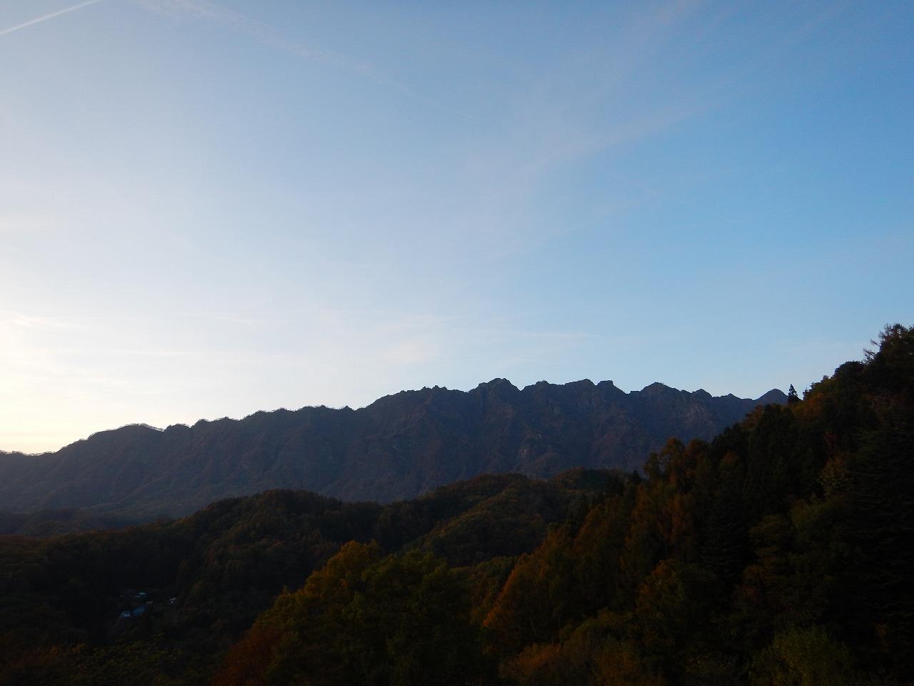 大望峠から見る西岳