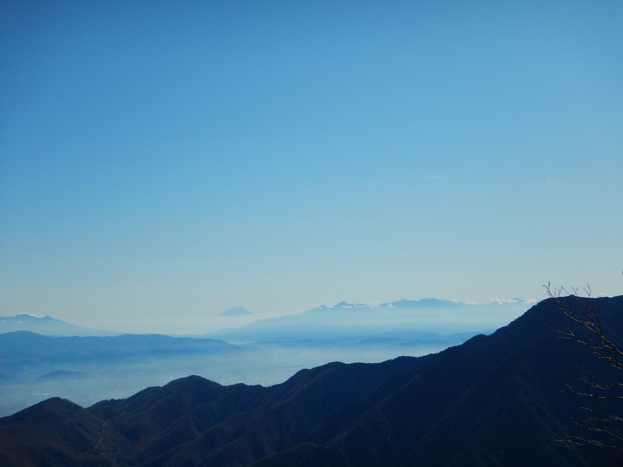 富士山や南アルプス