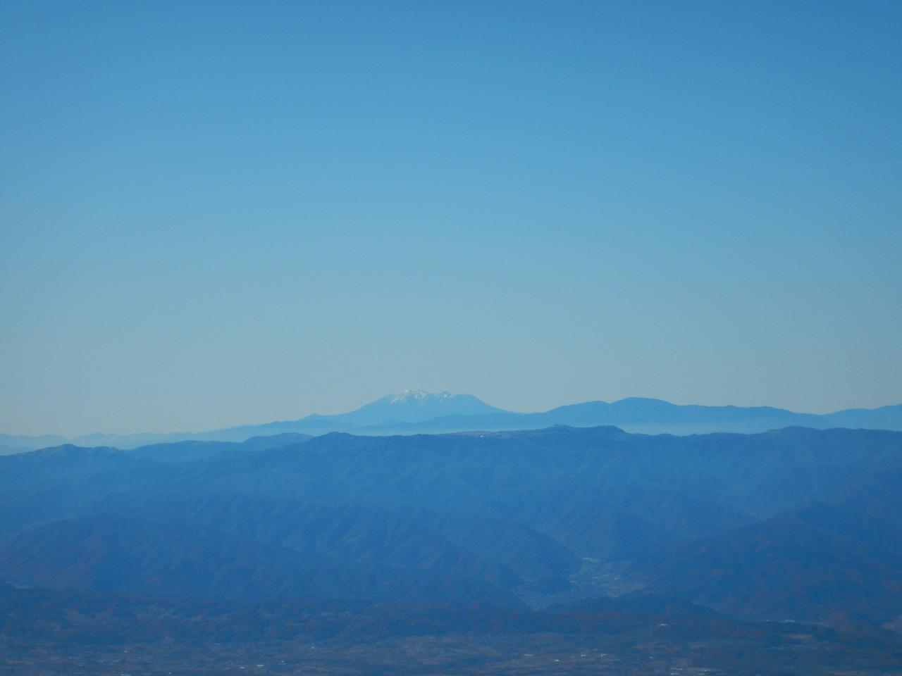 御嶽山と美ヶ原