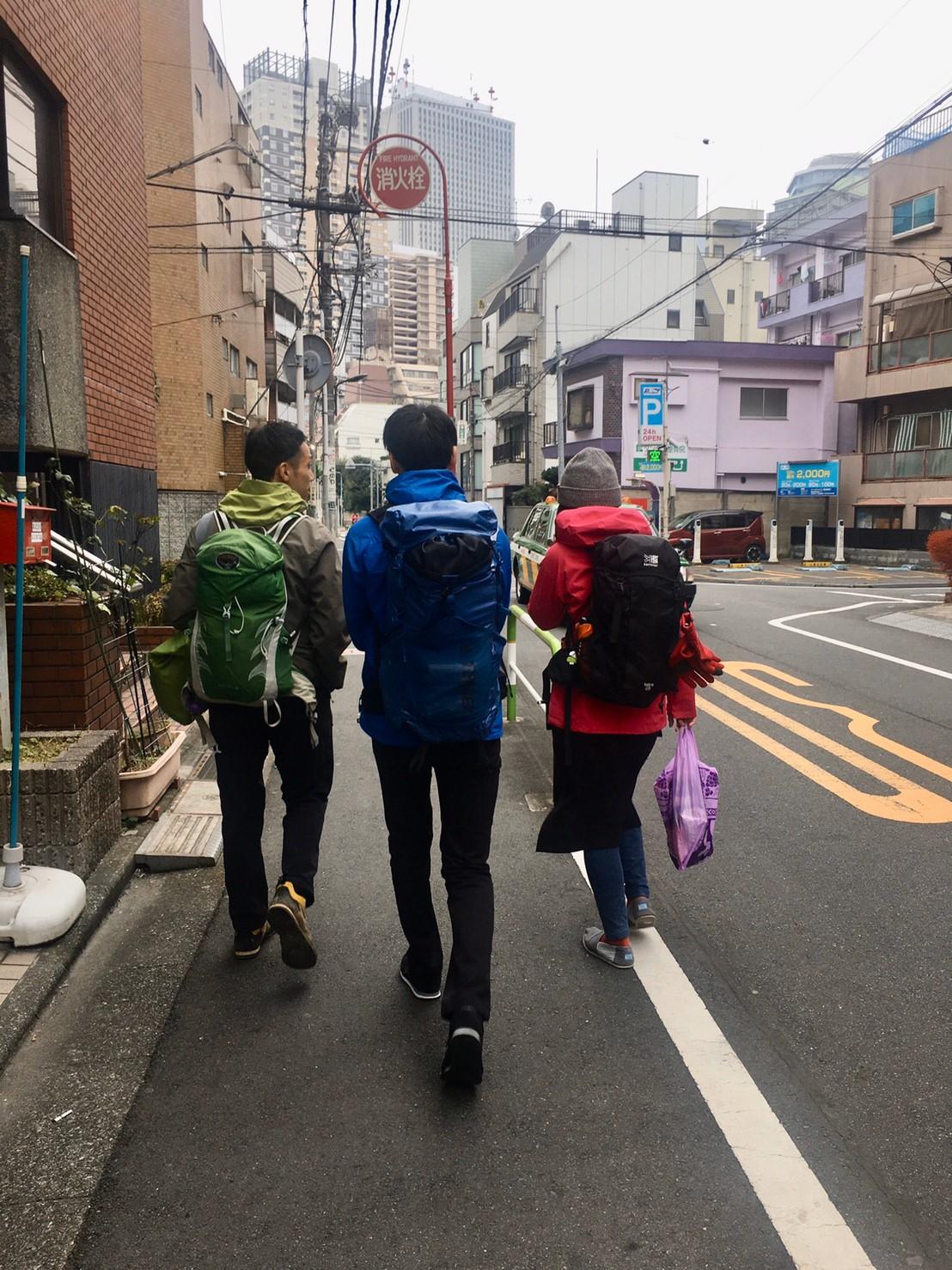 山組の三人。