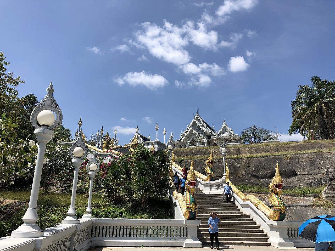 仏教?の寺院