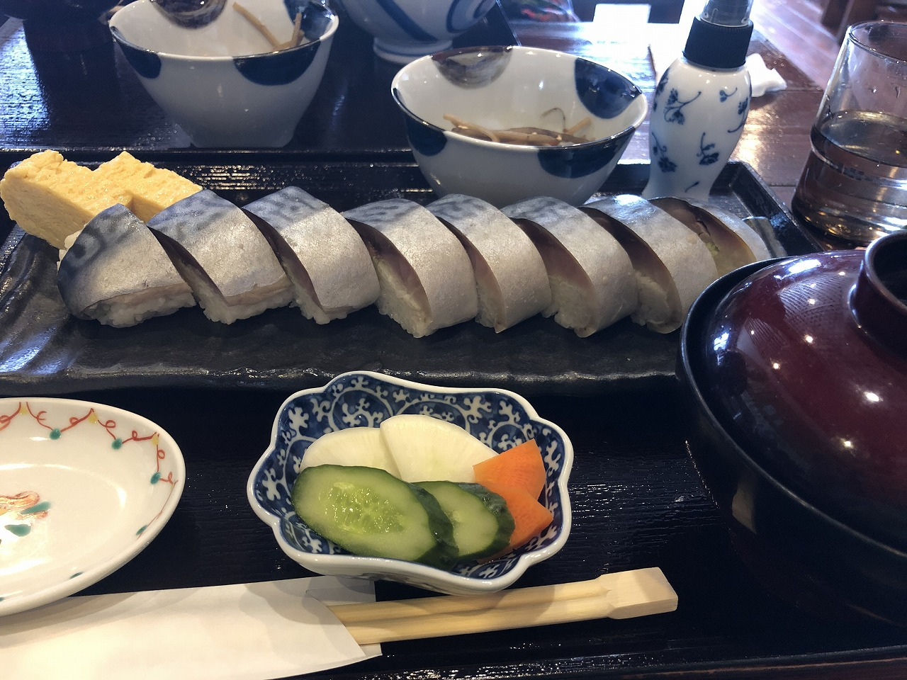 こちらは鯖棒寿司
