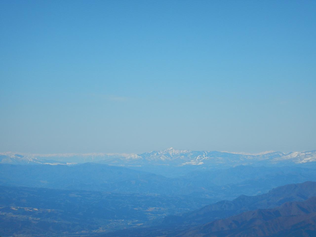 赤城山から見える四阿山