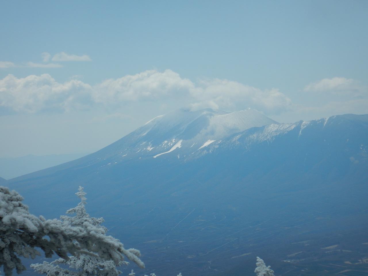 浅間山にも雪